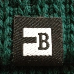 Block Headwear outer B Woven Label
